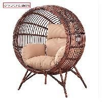 silla huevo tejido exterior con apoyo suelo